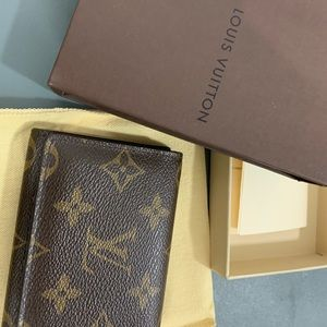 Louis Vuitton flap wallet